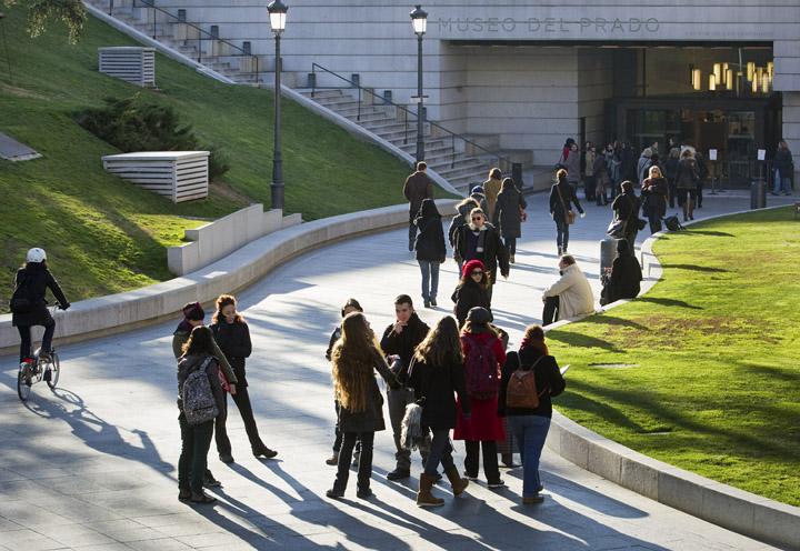 El Museo del Prado recibió casi  dos millones setecientos mil visitantes en su sede en 2015, un 6,30% más que el año anterior